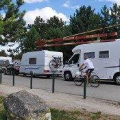 Les cyclos sont là, la caravane passe