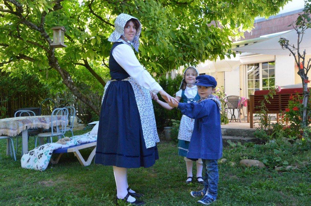 Maryline, Sacha et Océane, le folklore, ils adorent.