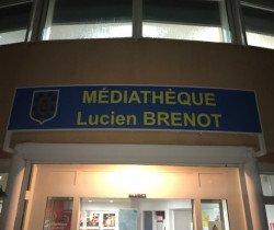 La plaque Lucien Brenot inaugurée