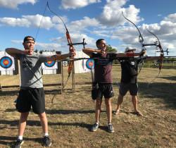 Les archers sur le pas de tir