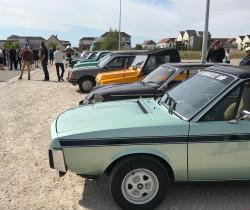 Expo de véhicules anciens sur le marché de l'Ogive