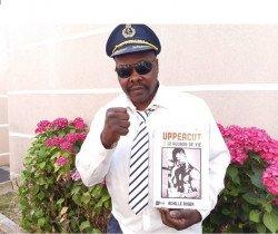 L'ancien boxeur, Achille Roger livre ses mémoires poing à la ligne.